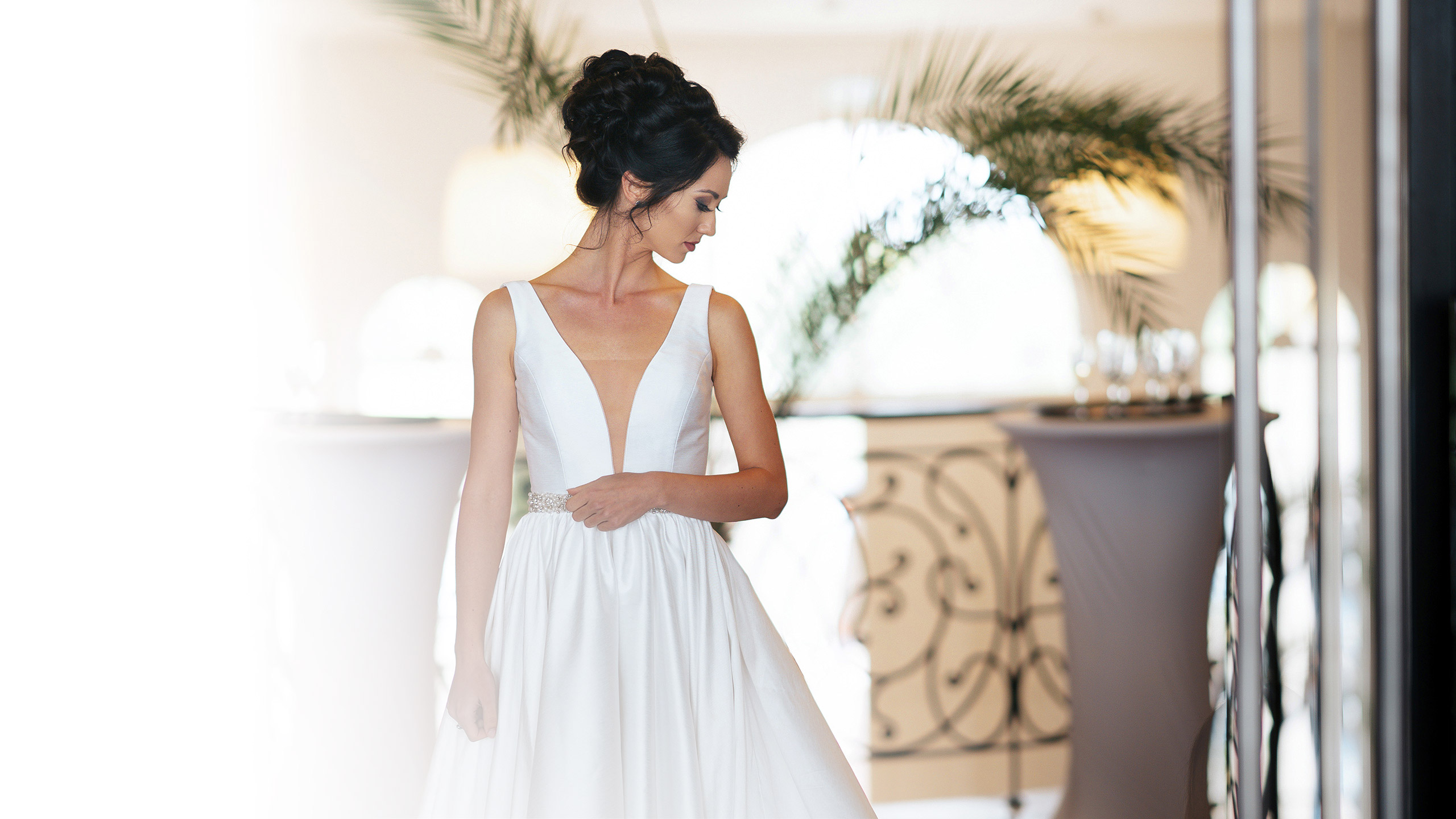 Bridal dresses and accesories